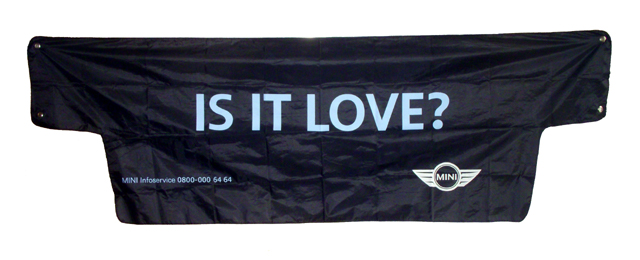 IS IT LOVE? windscreen cover