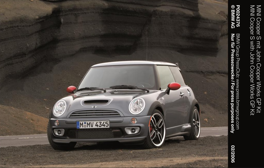 2006 mini cooper s with john cooper works gp kit reviews. Black Bedroom Furniture Sets. Home Design Ideas