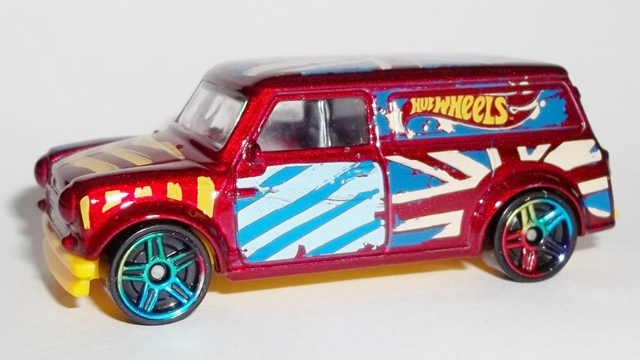 2015 Hot Wheels '67 Austin Mini Van Art Car (Red)