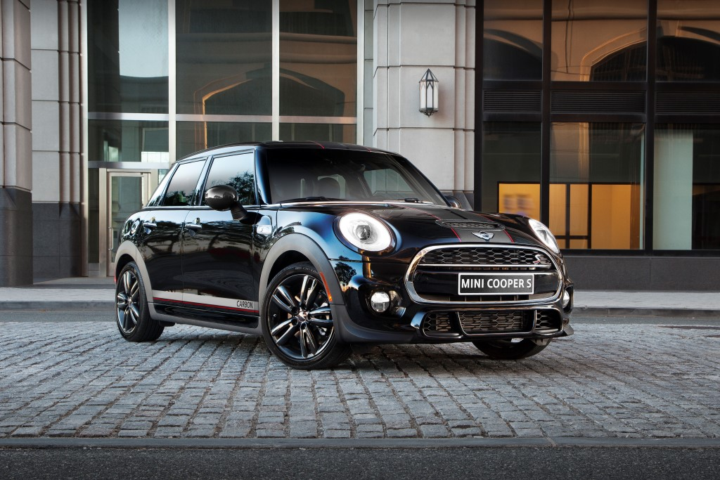 MINI Cooper S Hardtop 4 Door Carbon Edition