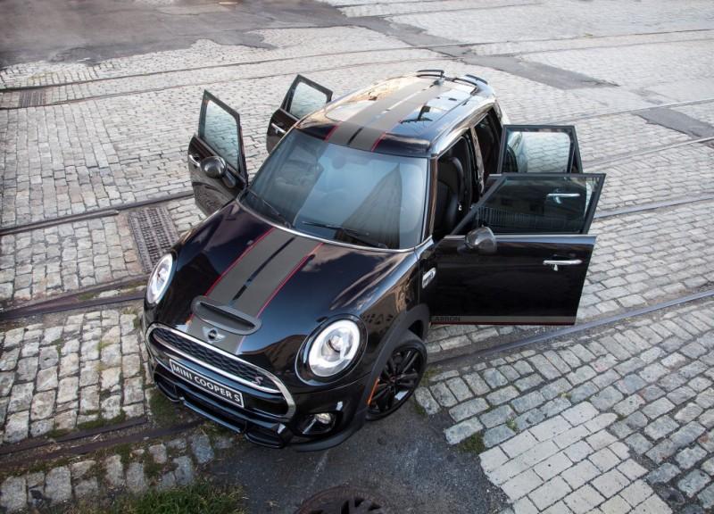 MINI Cooper S Hardtop 4 Door Carbon Edition