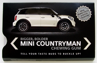 MINI Countryman chewing gum (front)
